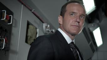 Marvel's Agents of S.H.I.E.L.D.: Season 2: Making Friends and Influencing People